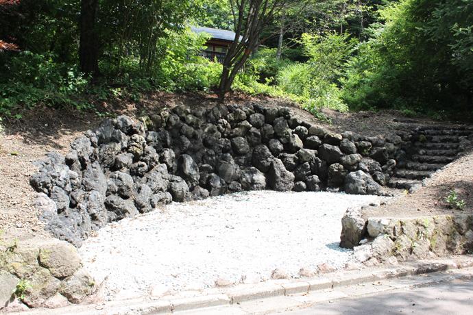 浅間石駐車場