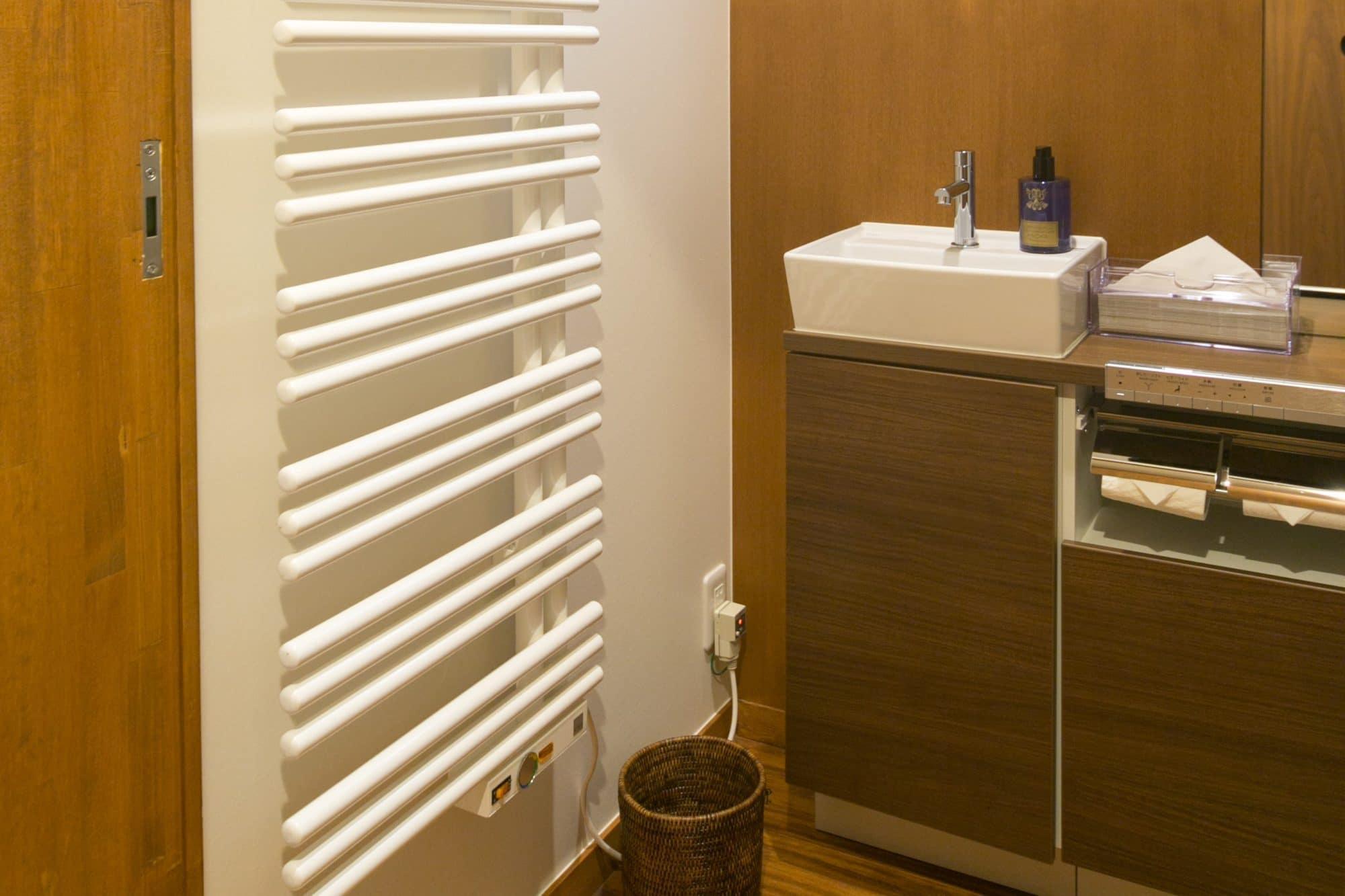 主暖房と一緒に併用をおすすめする補助暖房を3種類を紹介します